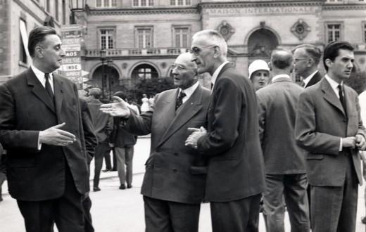 Jean Vaujour en compagnie de Robert Garric durant la garden partie de 1961