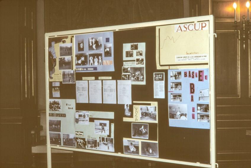 Présentation de l'ASCUP lors de l'exposition des 50 ans de l'Alliance (1998)