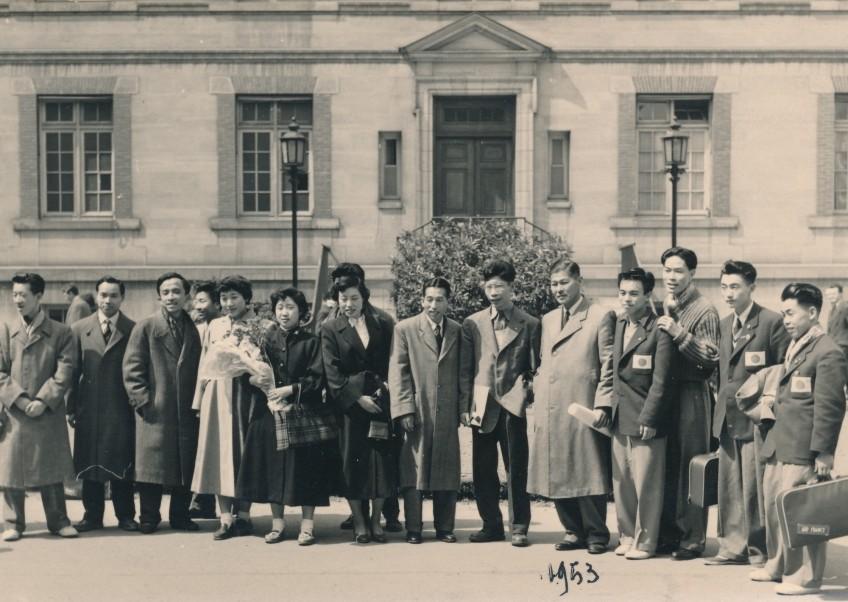 tennis de table /  ping-pong - équipe du japon championne du monde 1953
