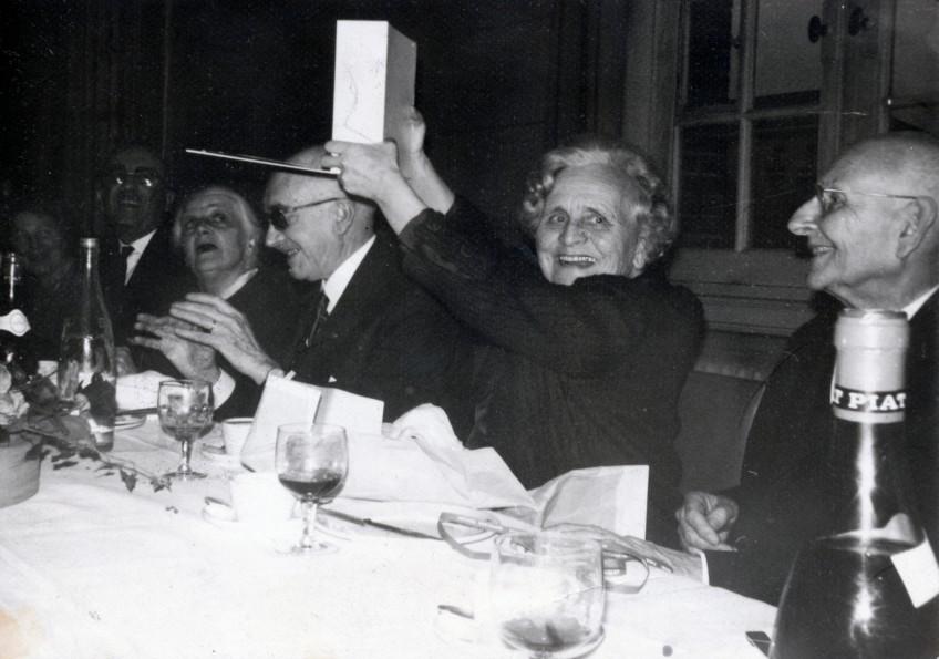 Repas du 19 novembre 1967, avec Madame Honnorat, Robert Garric, ...